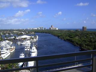 Gallery ONE -Oceanview 1brm ! FREE VALET PARKING !, Fort Lauderdale