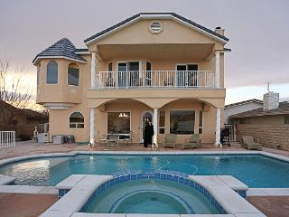 Desert Luxury! Lake House with Private Pool