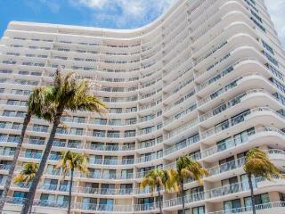 South Seas - SST3909 - Remodeled Beachfront Condo!, Isla Marco