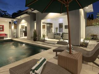 Bahagia Villas, Private pool, Pool Fence
