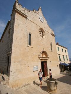 perish church in the town centar