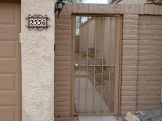 Secluded and family friendly townhome, Tucson