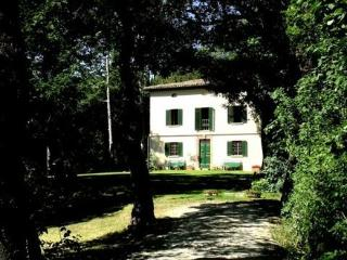 Near Urbino, Picture-perfect Renaissance Villa in Urbania, Le Marche