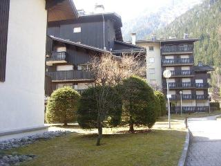 Fantastic central Chamonix Mont Blanc Apartment to rent with Wifi and parking