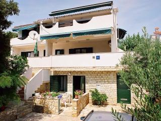 Apartments TeaTom-Kaurloto 6+2, Mandre