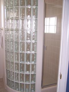 shower upstairs bathroom