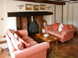 MELODY COTTAGE, character Grade II listed cottage close pub, garden, village