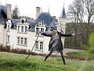 Chateau de Bonnevaux, Villeneuve-de-Marc