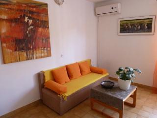 Apartment Tomic  A1  (2+3) - Mastrinka, Ciovo Island