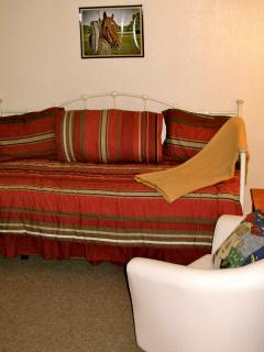 DAYBED FOR LOUNGING OR IN COMBINATION WITH TRUNDLE FOR SLEEPING