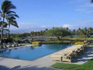 Beautifully updated 2/2 with lovely garden view., Waikoloa