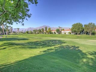 3 Bedroom on the golf course with wonderful views of the mountains, La Quinta