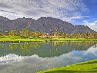 Amazing Mountain, Water & Golf Course View from your 3 Bedroom Retreat, La Quinta