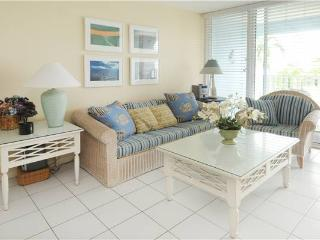 SILVER SANDS CONDOS-UNIT#32, Seven Mile Beach
