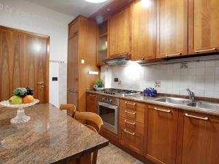 Apartment Ca' Elena, in Cannaregio, near Fondamenta Nuove and Rialto, Venetië
