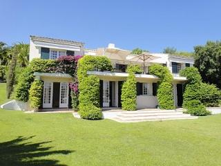Large Villa with Pool, Terrace and Great Amenities, French Riviera Vacation Home, Grimaud