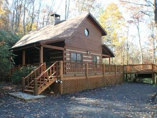 Cozy Log Cabin Near ASU*HotTub*Wood FIreplace, Valle Crucis