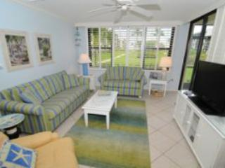Loggerhead Cay #371 Ground Floor. Only Steps to Sand Between Your Toes, Sanibel Island