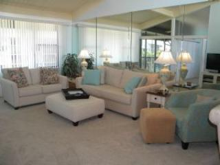 Loggerhead Cay #563 Bright, Sunny & Close to the Beach!, Sanibel Island