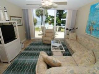 Lighthouse Pointe #223 Sat to Sat Rental, Sanibel Island