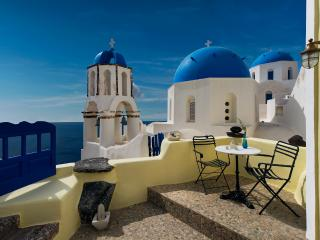 Turquoise tranquility Villa - Amazing view in Oia