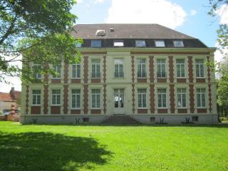 Chateau de Moulin le Comte, 4 EPIS B&B + dinner, Aire-sur-la-Lys