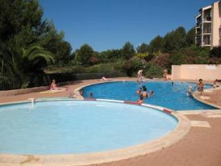 2 bedrooms flat, swimmingpool, seaside, see view, Six-Fours-les-Plages