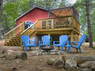Trout Landing Cottage - on Lake Everest!, Wilmington