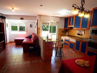 Basque Country: 115 m² flat, 5 min. walk to beach between Bilbao & San Sebastian