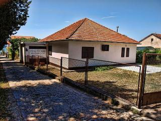 House Eli holiday house - only 70 m from the beach, Biograd na Moru