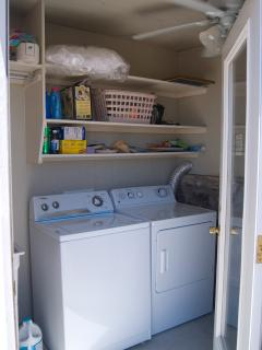 Guest Laundry Room. No charge, bring your own supplies.Ldry tub, waher dryer  ironing board  iron