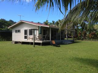 PARADISE IN RAROTONGA / COOK ISLANDS - TEMUS PLACE