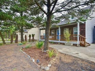 Sit under the sun on the patio or warm by the fire at this eclectic home!, Pacific City
