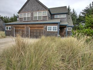 The Loon Dune Vacation Rental, Pacific City