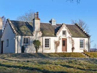 THE OLD LAUNDRY, character cottage on Highland estate, woodburner, grounds, Gran