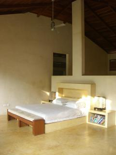Master bedroom with super comfortable king size mattress and Egytian cotton sheets