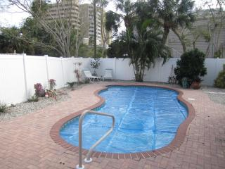 165 inch pool side theater. Across the street from the beach., Fort Myers Beach