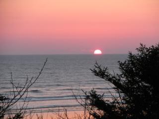Coastal Breeze Ocean Views - Rest, Relax & Unwind, Moclips