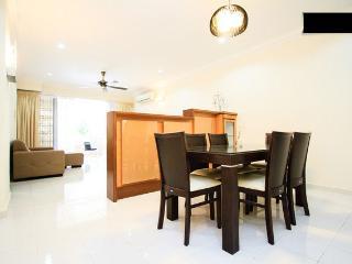 Perfect Vacation By The Beach - Miami Green Resort, Batu Ferringhi