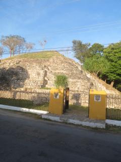 Pyramid Itzamatul