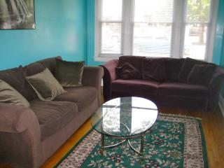 Private Apartment, Near White Sox & Midway Airport, Chicago