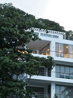 Bann Sanehchandra : 4 bed rooms ocean front villa