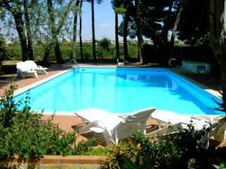 Villa in the park with pool, Marsala