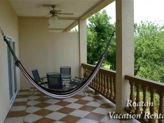Sunset Villas 12I, Roatan