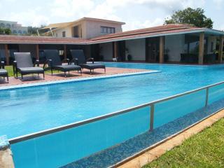 Golf + Beach - Affordable Luxury, Matondoni