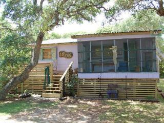 REIKI ATTUNED BEACH COTTAGE - TREE SPIRIT RETREAT