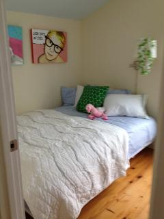 Youth room - queen size bed w/ high thread count sheets. All beds & pillows encased in protectors.