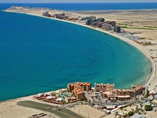 Mayan Palace Puerto Penasco: Master Room, Sleeps 4