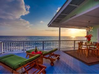 Stunning Kona Oceanfront Cottage - Kona Moana Hale