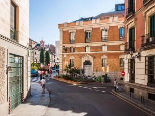 Apartamento de Lujo a pasos del Palacio Real